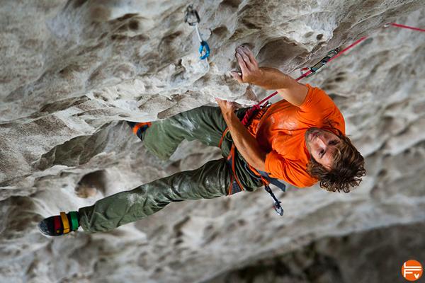 team-chris-sharma-climbing choix de corde escalade performance a vue après travail falaise
