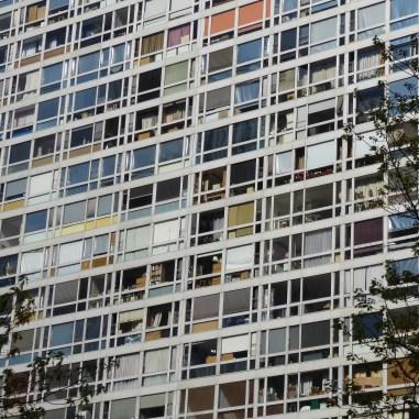 Tableau vivant à la Mondrian (Dubuisson)