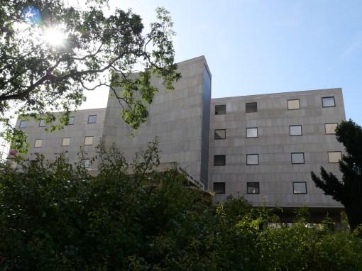 Le bâtiment, vu du promeneur (Le Corbusier)