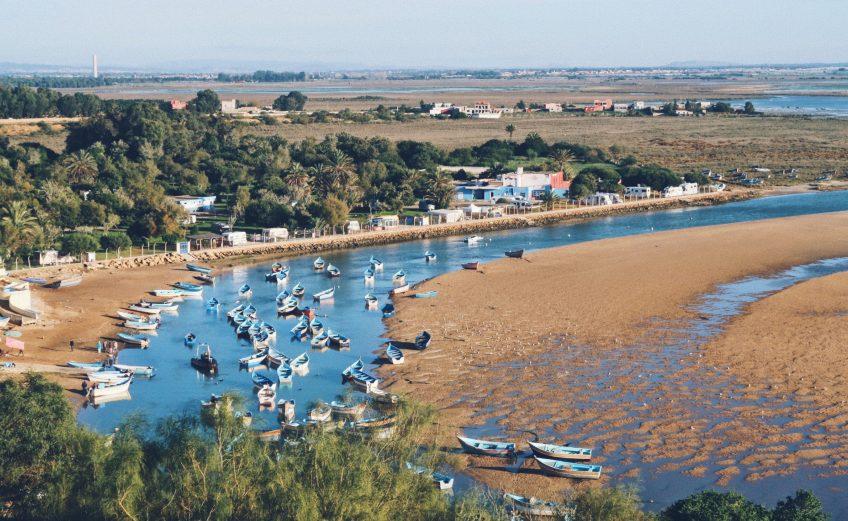 La lagune à Moulay-Bousselham au Maroc