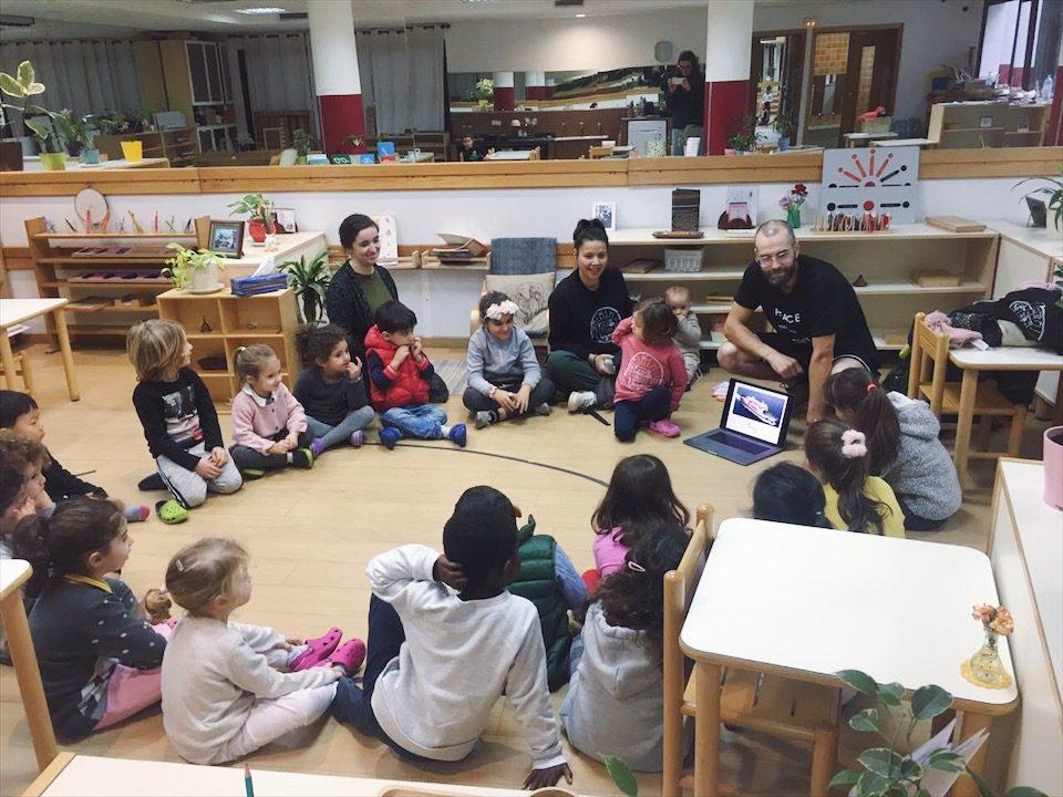 Présentation de la Famille Qui Voyage à l'école Montessori Casablanca