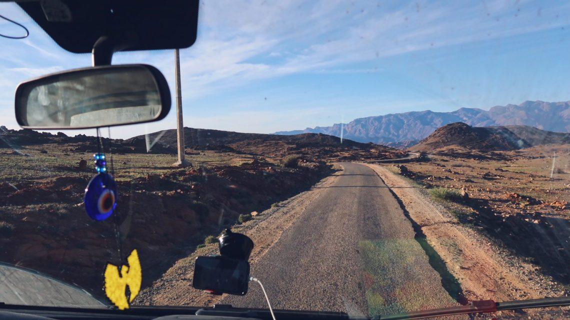 Voyage au Maroc sur les routes en camping-car autour de Tafraout