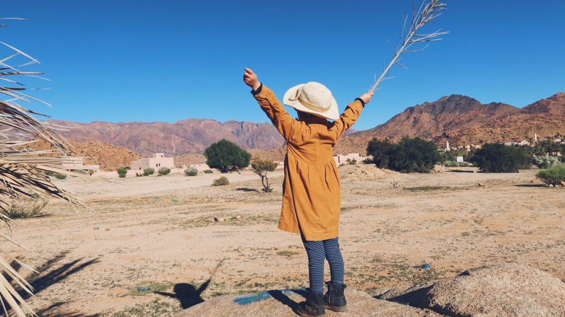 Voyage au Maroc école à la maison dans la palmeraie de Tafraout