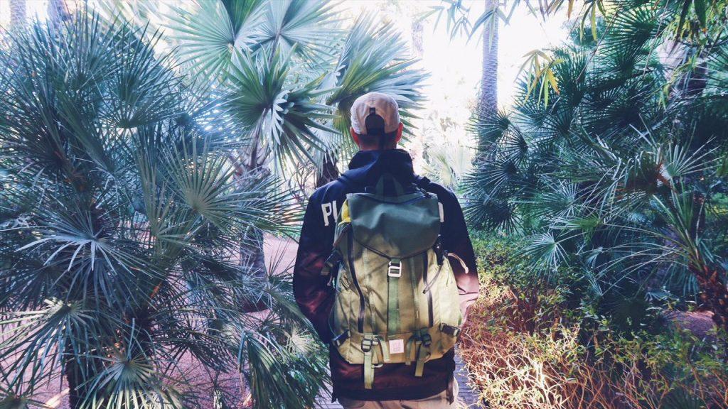 Voyage au Maroc Marrakech paul et son sac topo design