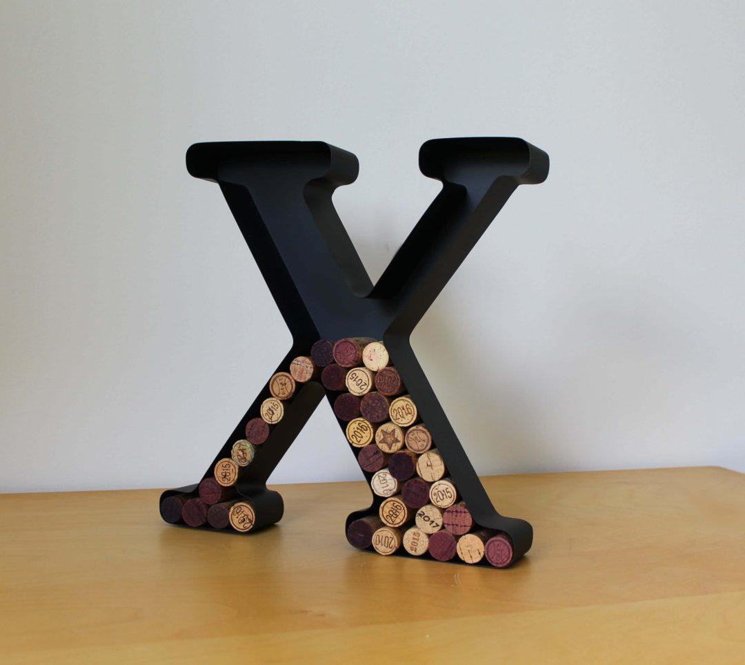 Lettre X porte bouchons