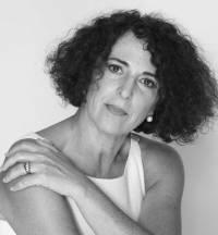 Lola López Mondejar escritora
