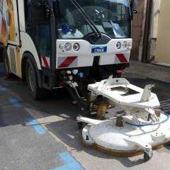 Nettoyage des rues du Centre Ville