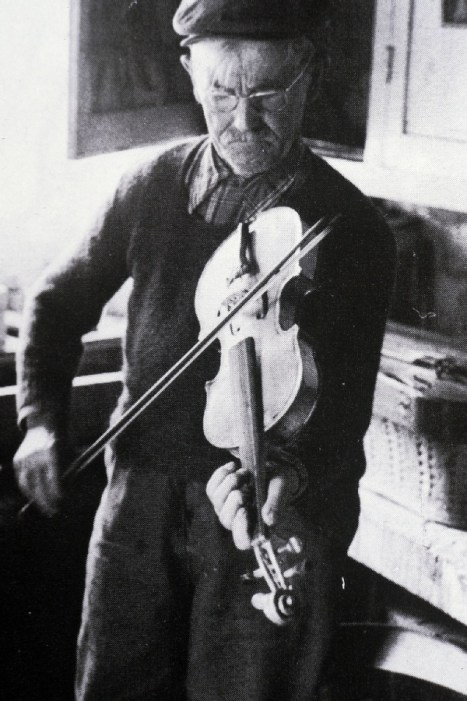 Michel Péchadre, sabotier et violoneux
