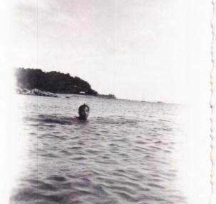 Un homme à la mer 1