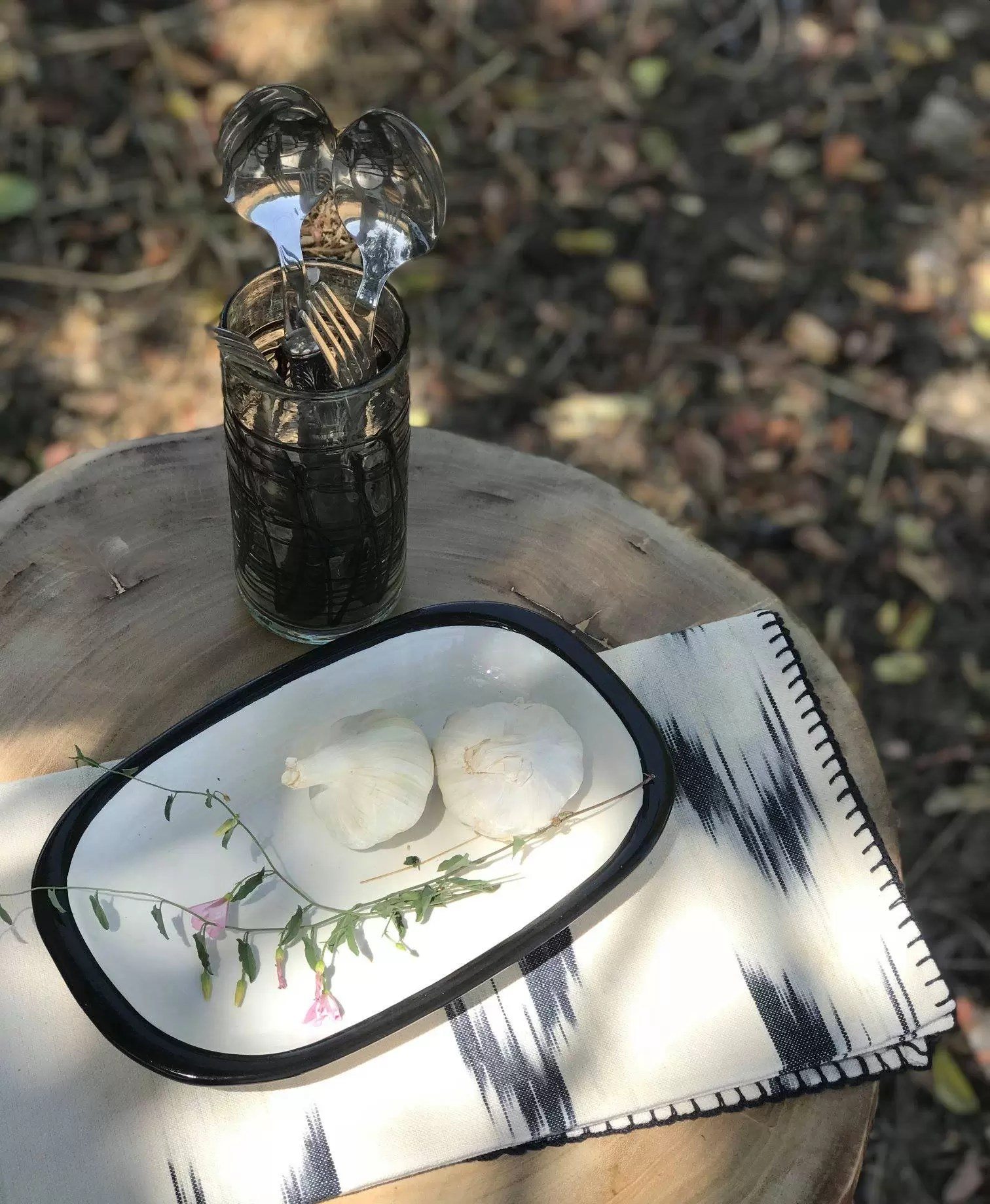 vaso de vidrio teixits vicens ceramica - Vicens: Telas de Mallorca