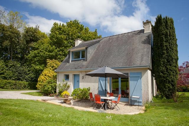 Maison de vacance bretonne pour v 3 personne en bord de mer à la Foret Fouesnant avec jardin privatif