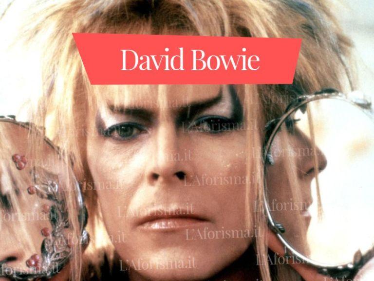 Le più belle <strong>frasi, aforismi e citazioni di David Bowie</strong> – <em>Raccolta completa</em>