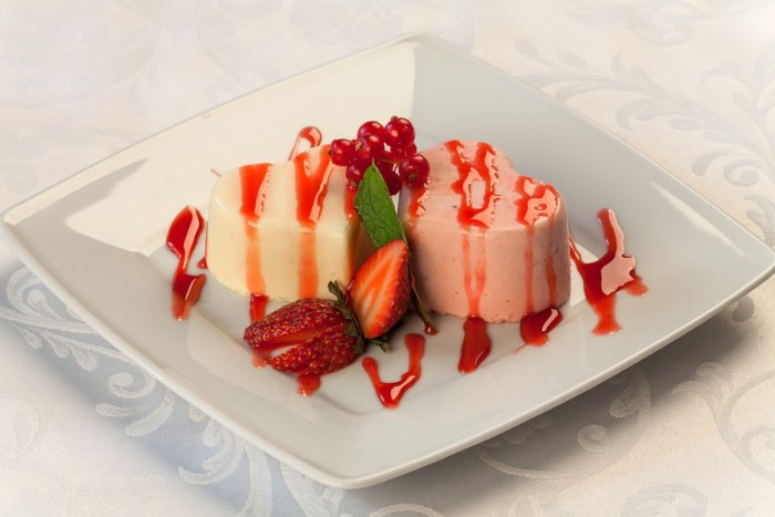 berry sweet dish meal food red cooking produce vegetable pink dessert cuisine cream cake strawberry sweets nutrition strawberries panna cotta paste products sweet dishes land plant
