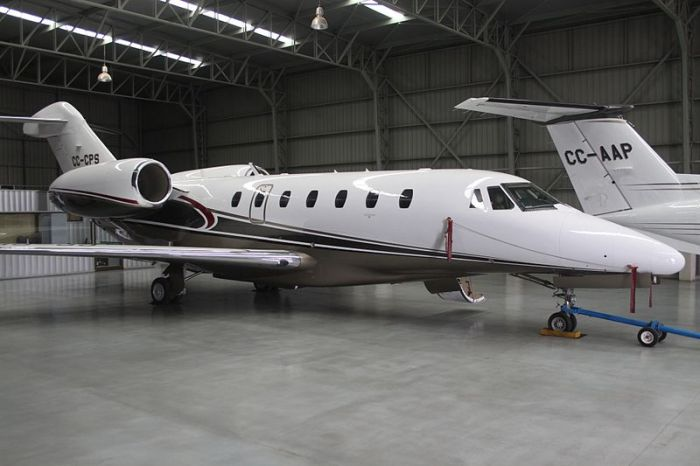 File:CC-CPS Cessna Citation X (8185463147).jpg