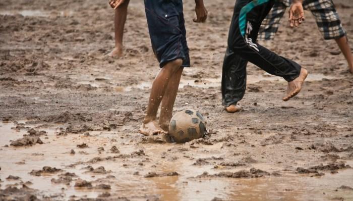 C:\Users\Zubair\Downloads\sand-mud-soil-soccer-playing-football-951924-pxhere.com.jpg