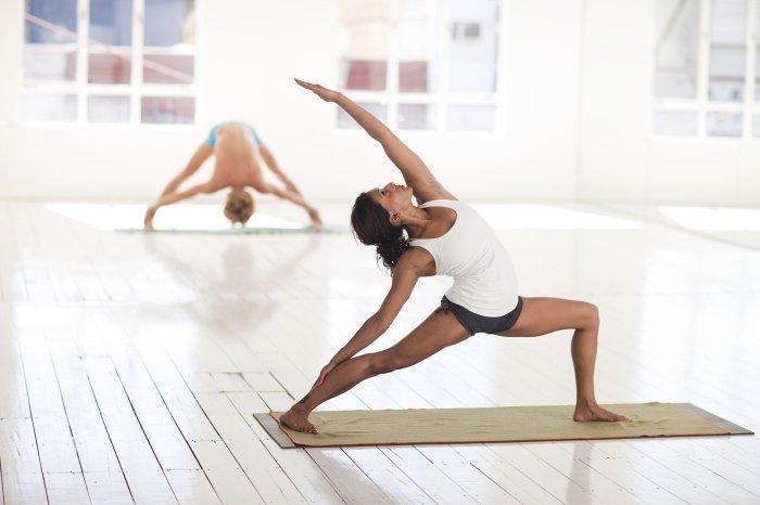C:\Users\Zubair\Downloads\yoga-2959226_1920.jpg