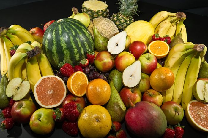 File:Culinary fruits cropped top view.jpg