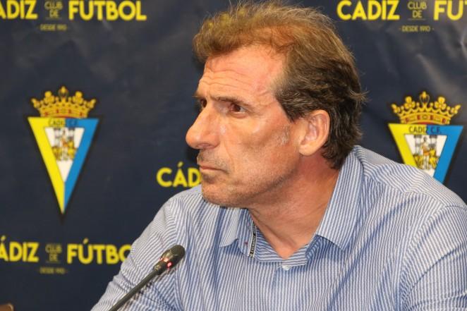 Óscar-Arias-deja-de-ser-director-deportivo