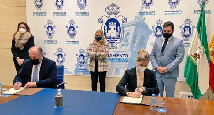 Ana-mestre-firma-cesión-suelos-nueva-sede-judicial-en-algeciras