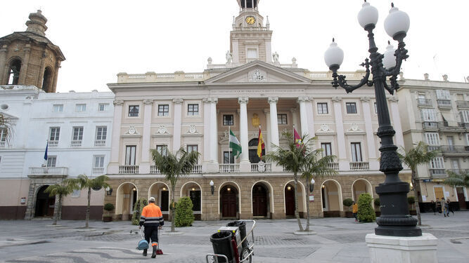 Ayuntamiento-Cadiz_1474362829_122753388_667x375 fase 2