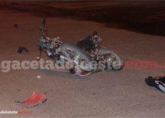 Colisión moto – auto: Murió un joven de 19 años, su hermano se encuentra internado