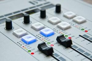 ¿Quieres tener tu propia radioemisora? ASEP subastará hasta 125 frecuencias