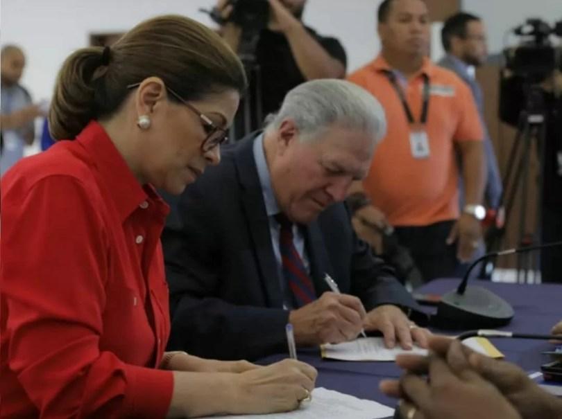Jorge Arango será el compañero de fórmula de Ana Matilde Gómez