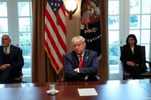 """Trump a China: """"desearía que nos hubiera dicho antes"""" sobre el coronavirus"""