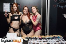 Lilyan Red, Eva Autumn y Jane Jones enSalón Erótico de Barcelona 2018