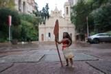Première halte devant l'église Ste Dévote, Sainte patronne de la Principauté.