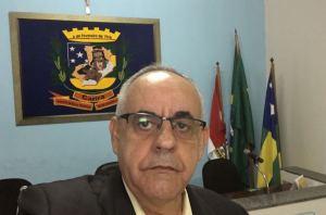 José Valmir Passos, 59 anos, técnico em Contabilidade e bacharel em Gestão Pública