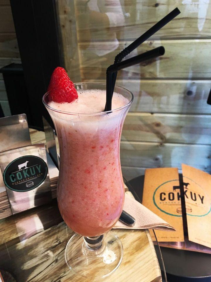 Cokuy-Batido-Fresa-Platano-Fruta