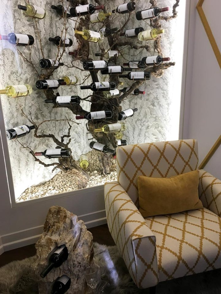 CasaDecor-2018-Sofa-Vino-Vinoteca