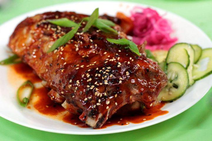Kitchen-154-Mercado-Vallehermoso---Costillas-BBQ-Kimchi