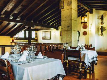 Salon-Comedor-Restaurante-Tejas-Verdes-San-Sebastian-de-los-Reyes