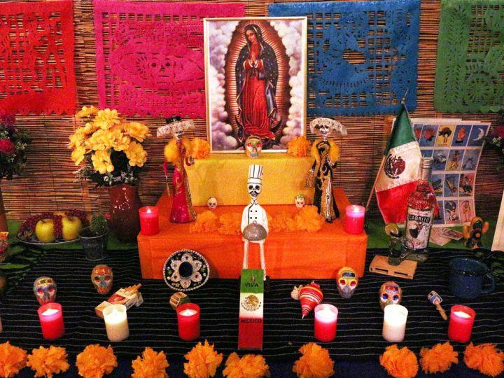 Altar-Dia-de-los-Muertos-Chihuahua-Tacos-y-Tragos-Restaurante-Mexicano