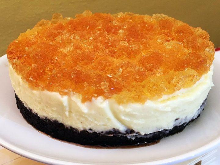 Tarta de queso con chocolate blanco, Oreo's y gelatina de Moscatel en aro desmontable