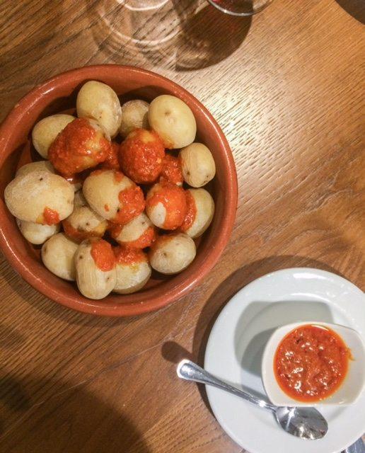 papas con mojo, comida canaria madrid, la cecilia de allende, cenar en madrid, restaurantes baratos madrid, mejores restaurantes madrid