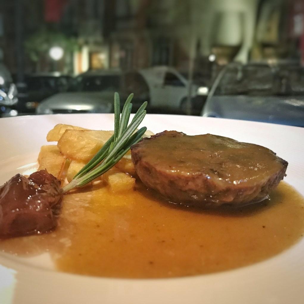 Rabo de toro estofado. Restaurantes en Madrid