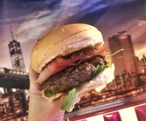 hamburguesa segreta de skyline diner