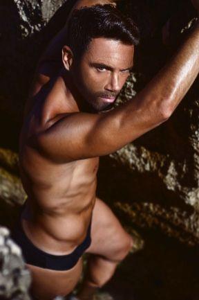 beaux-gosses-gay-clubjimmy-041216-01