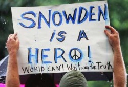 Edward-Snowden-fotografiado-Nueva-York_PREIMA20130611_0115_31