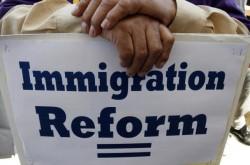 Senadores de EEUU acuerdan puntos clave de proyecto de ley migratoria