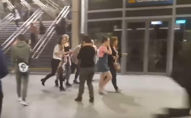 attacco terroristico al concerto di manchester