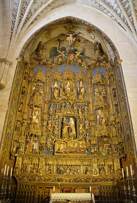 The Spanish-Flemish Gothic altarpiece by Gil de Siloé for the Chapel of Saint Anne