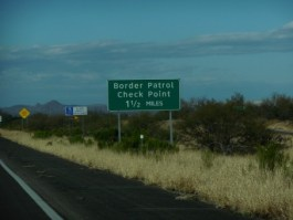 united_states_border_patrol_check_point_sign_military_ins_interstate_19_arizona-905055.jpg!s