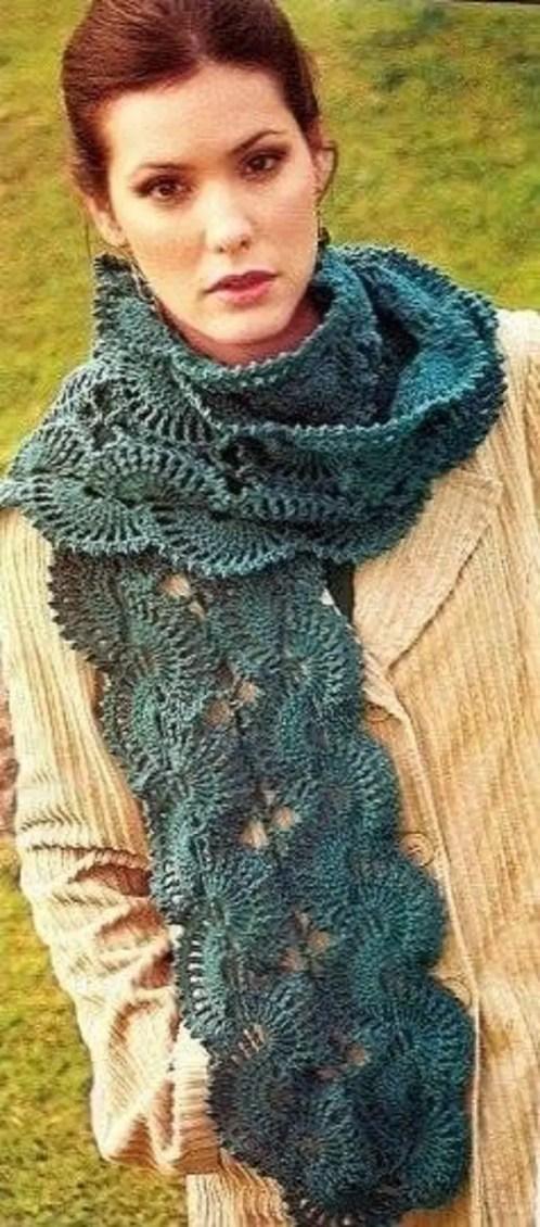Crochet une jolie écharpe d'écailles