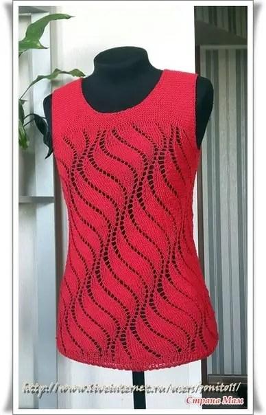 un pull d'été tricoté en rond