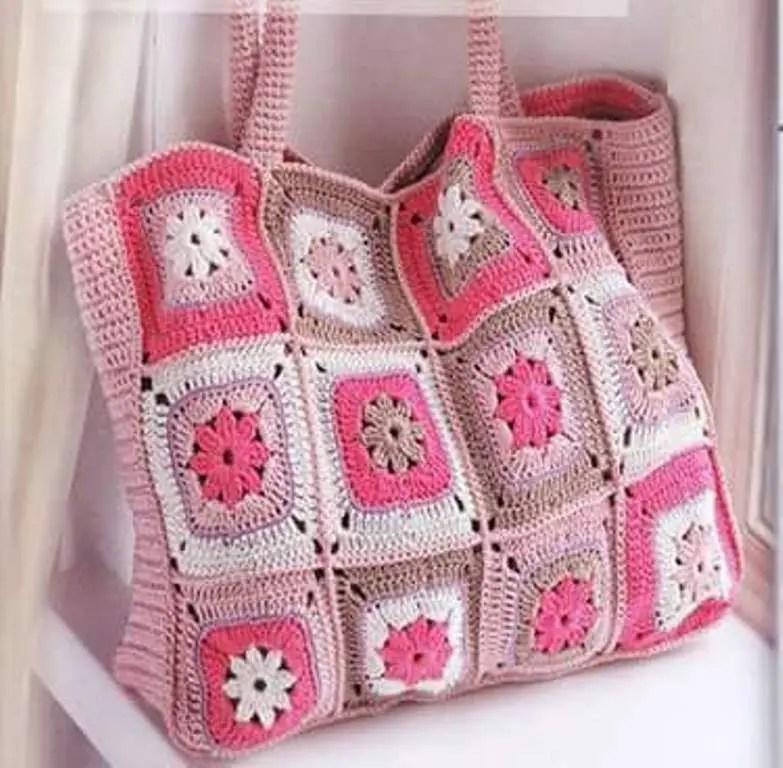 Un sac pour la plage ou le tricot
