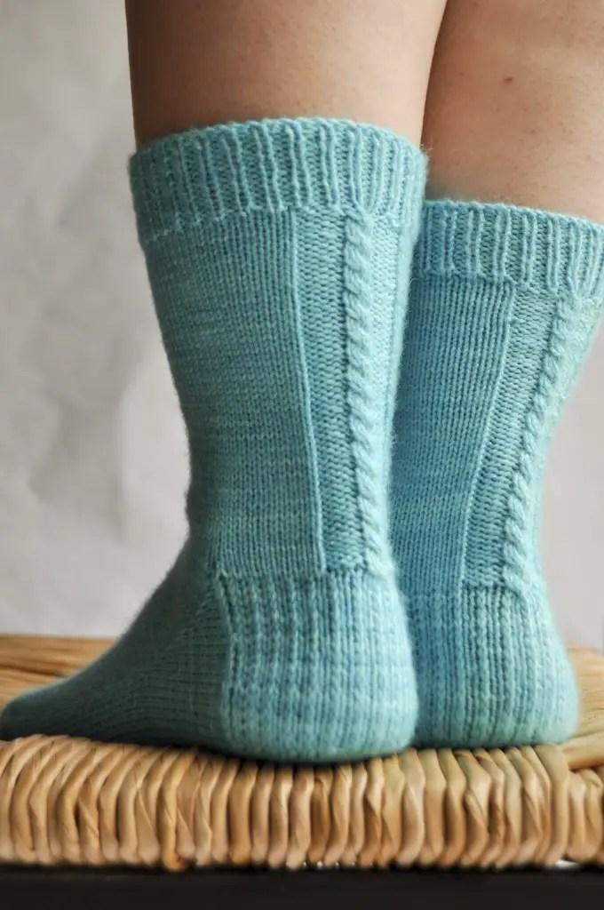 une autre façon avec les chaussettes de la schtroumpfette